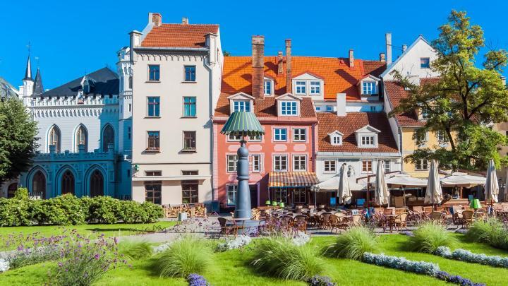 Encuentra el mejor lugar para visitar el centro histórico en Riga