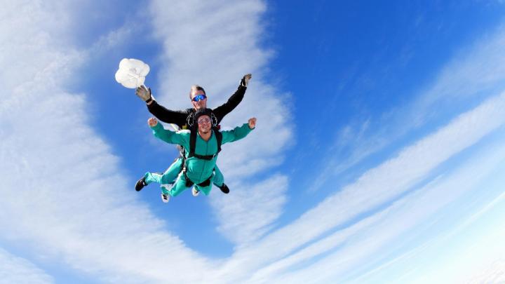 Encuentra el mejor lugar para el paracaidismo en Wanaka