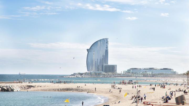 Encuentra el mejor lugar para el clima cálido en Barcelona