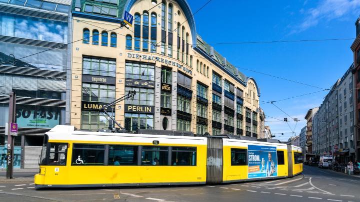 Encuentra el mejor lugar para moverse en transporte público en Berlín
