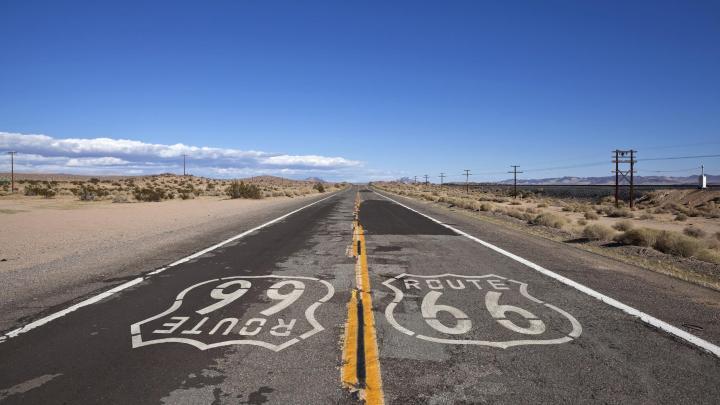 Encuentra el mejor lugar para la Ruta 66 en Barstow