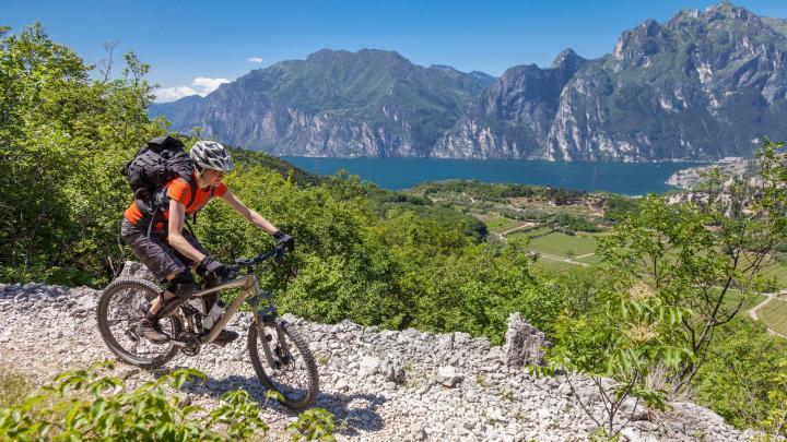 Encuentra el mejor lugar para el ciclismo de montaña en Riva del Garda