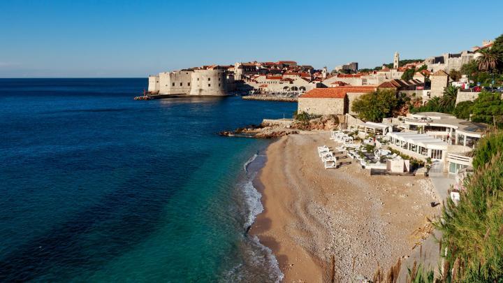 Encuentra el mejor lugar para las playas de guijarros en Dubrovnik