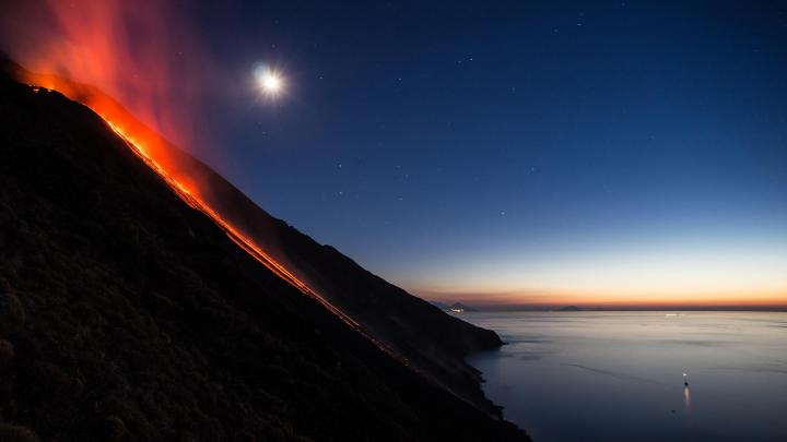 Encuentra el mejor lugar para los volcanes en Estrómboli
