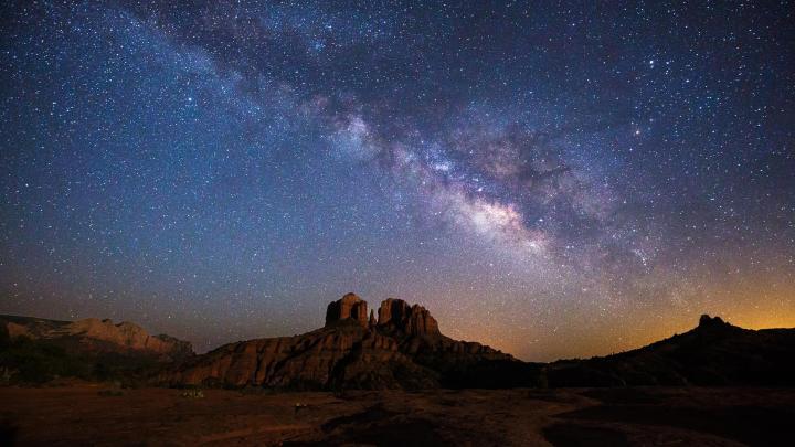 Encuentra el mejor lugar para observar estrellas en Sedona