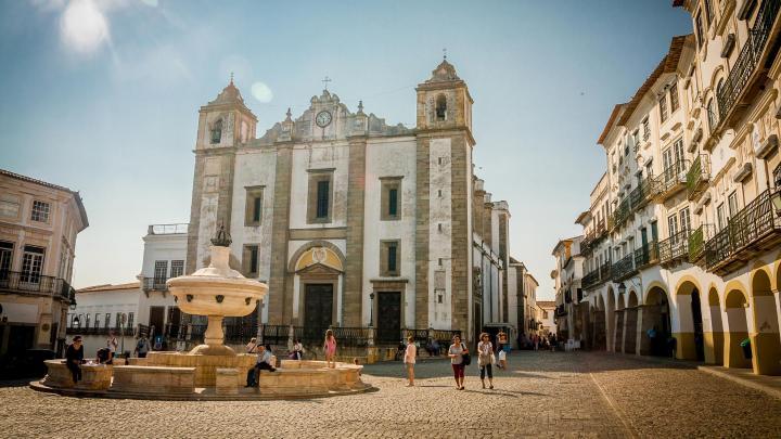 Encuentra el mejor lugar para los lugares Patrimonio de la UNESCO en Évora