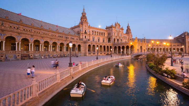 Encuentra el mejor lugar para el buen ambiente en Sevilla