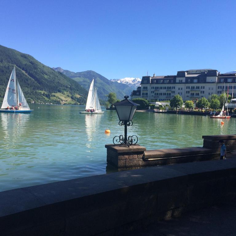 Haus Am See Zell Am See Austria Bookingcom: Grand Hotel Zell Am See, Austria