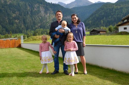 Landhaus Waldhart, Alexander, Melanie, Lena und Laura