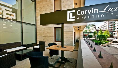Corvin Lux Aparthotel