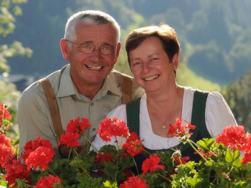 Mayrhofer Anni und Lois