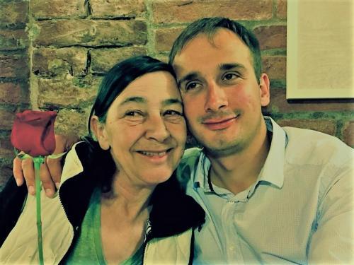 Claudia Padelletti, la titolare e suo figlio Silvano