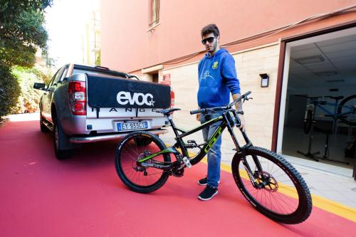 giacomo , guida esperta ed atleta mountain bike