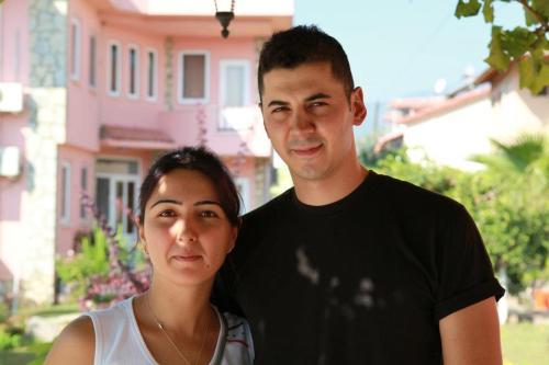 Kamile ve Orhan YAMAN