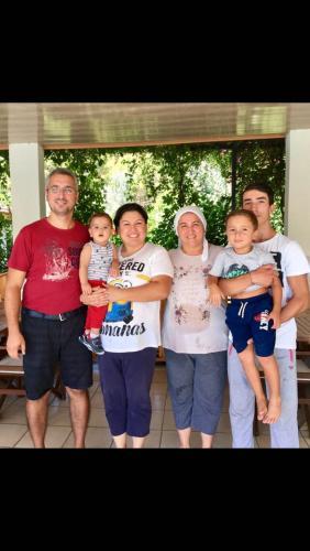 Elif , Nafiye , Ayfer , Yiğit , Kamil