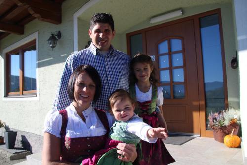 Emma, Peter, Jana und Astrid