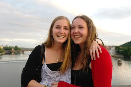 Miriam & Lisa Humer