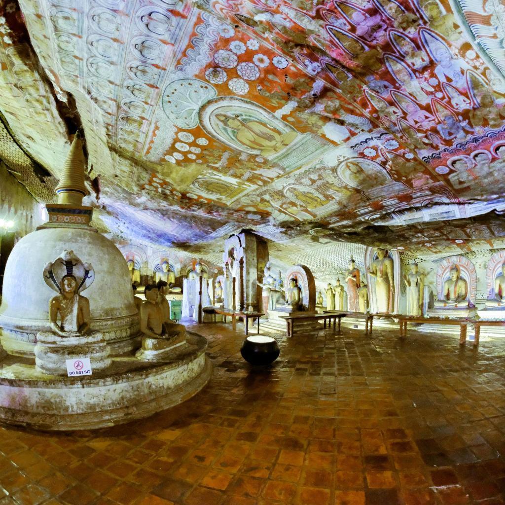 Golden Temple of Dambulla - Photo by Martin Lamprecht @martinlamprecht.com
