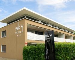 Sky Design Motel