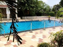 La-Shimmer Resort, Bhayandar