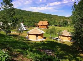 Linden Tree Retreat & Ranch, Velika Plana