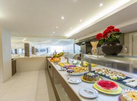 Sirenis Hotel Club Tres Carabelas - Goleta & Spa - All Inclusive, Playa d'en Bossa