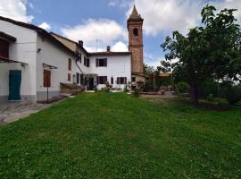 Guesthouse Sotto il Campanile, Sala Monferrato