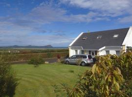 Three Sisters Holiday Home, Saint's Road