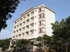Hoa Binh Ha Long Hotel, Halongas