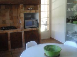 La salsepareille appartement, Pignan
