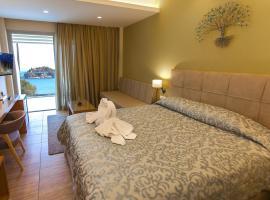 Paradise Lost Hotel-Apartments, Tolón