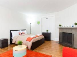 COZY&HOMEY Apartment 2BR/1Bath + 2 free parking!!, Somerville