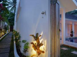 Tiga Villa, Mangsit