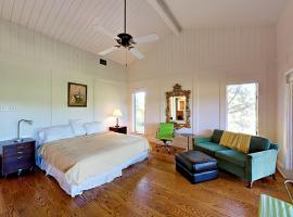 Lake Austin Home Home, Buffalo Gap