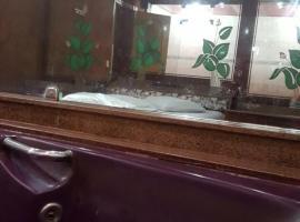 Hotel Lark, Edson Passos