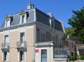 Lit en Loire, Saint-Cyr-sur-Loire