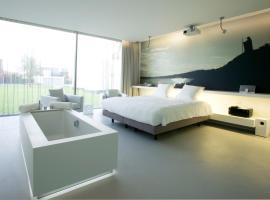 D-Hotel, Kortrijk