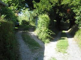 Maisonnette le perrey, Lessard-et-le-Chêne