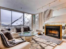 The View #2 - Two Bedroom Condominium, Alta
