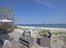 SeaSide Beach House Luxury, Wading River