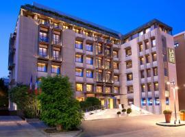 라자르트 호텔
