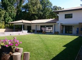 Colombet Stay's - Villa avec piscine ASSAS, Assas