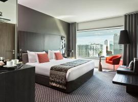 Melia Paris La Defense, Kurbevuā