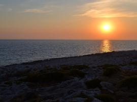 Roxa Caravan Fishing Spot, Ágios Nikólaos