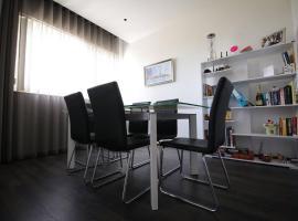 Cosy Designer apartment with seaviews, Għargħur
