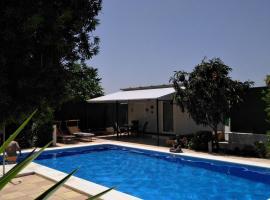 Casa Velden, Hinojos