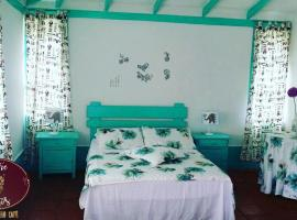 Hotel Entre Tintos, Santa Elena