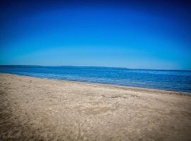 Tony B Villas, Wasaga Beach