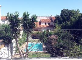 Maison avec piscine et jardin commun, Saint-Estève