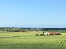 Gården mellan Slotten, Ystad